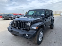 New 2019 Jeep Wrangler UNLIMITED SPORT S 4X4 Sport Utility Maumee Ohio