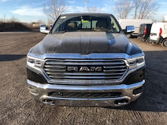 New 2019 Ram 1500 LARAMIE LONGHORN CREW CAB 4X4 5'7 BOX Crew Cab Maumee Ohio