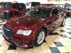New 2019 Chrysler 300 TOURING L Sedan Maumee Ohio