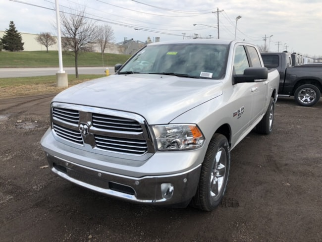 New 2019 Ram 1500 CLASSIC BIG HORN CREW CAB 4X4 5'7 BOX Crew Cab Near Toledo Ohio