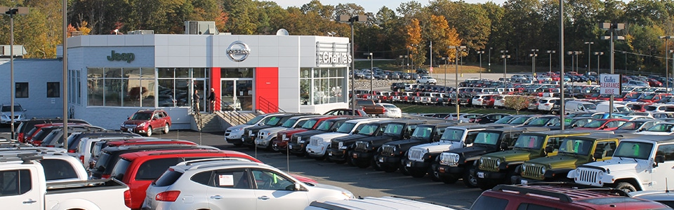 Charlie 39 s nissan new nissan dealership in augusta me 04330 for Charlie s motor mall augusta maine