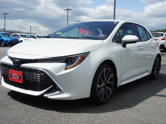 Featured Used 2019 Toyota Corolla Hatchback XSE Hatchback for Sale near Waterville, ME