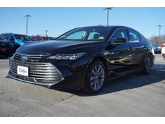 Buy a 2019 Toyota Avalon Hybrid XLE Sedan For Sale in Augusta