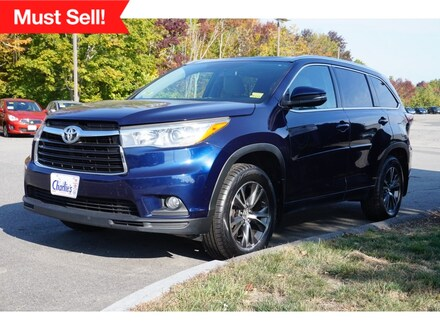 Featured Used 2016 Toyota Highlander SUV for Sale near Waterville, ME