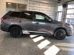 2016 Mitsubishi Outlander ES SUV