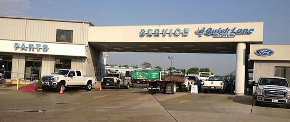 Commercial Truck Repair & Fleet Maintenance   Houston Ford