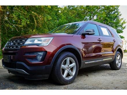 2016 Ford Explorer XLT AWD XLT  SUV