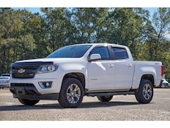 2017 Chevrolet Colorado 2WD Z71 4x2 Z71  Crew Cab 5 ft. SB