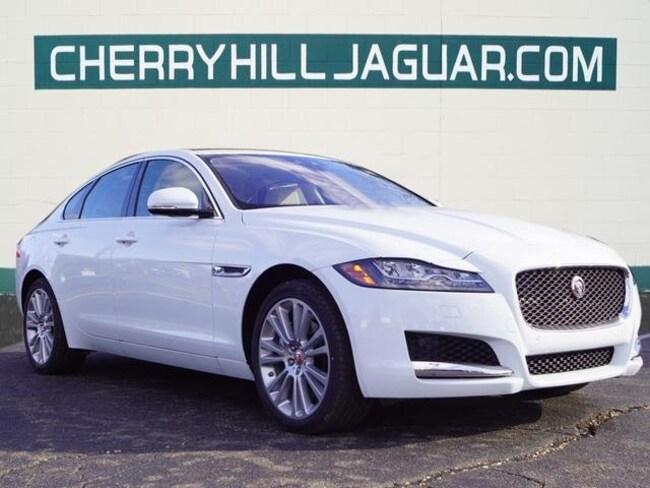 2019 Jaguar XF 25t Premium Sedan