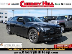 2017 Chrysler 300 300S AWD Panoramic Sunroof,NAV,Camera,Leather 300S AWD
