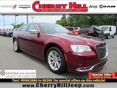 2017 Chrysler 300 300C 300C RWD