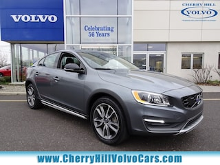 2016 Volvo S60 Cross Country T5 PLATINUM AWD w/ NAV, BLIS, & LANE DEPARTURE Sedan 14828