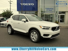 New 2020 Volvo XC40 T4 Momentum SUV for Sale in Cherry Hill, NJ