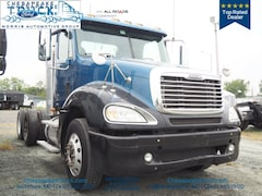 2008 Freightliner Columbia Cab & Chassis