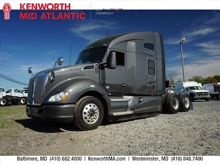 Used 2016 Kenworth T680 Sleeper Cab Cab & Chassis for sale in Baltimore, MD