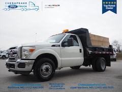 2012 Ford F-350 Chassis 4x2 XL  Regular Cab 165 in. WB DRW Chassis