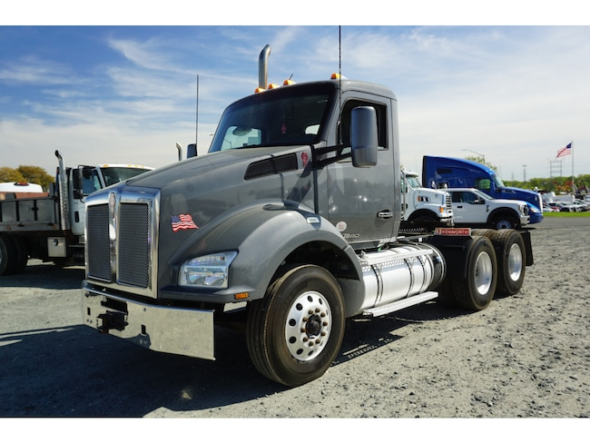 2016 Kenworth T880 DRW Cab & Chassis