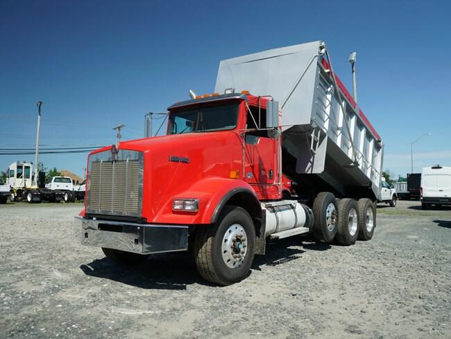 2014 Kenworth T800 Tri-Axle Dump Body