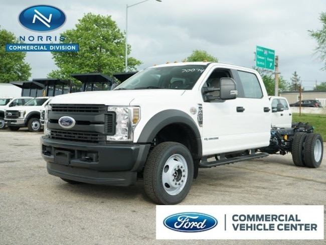 2019 Ford F-450 Chassis Truck Crew Cab