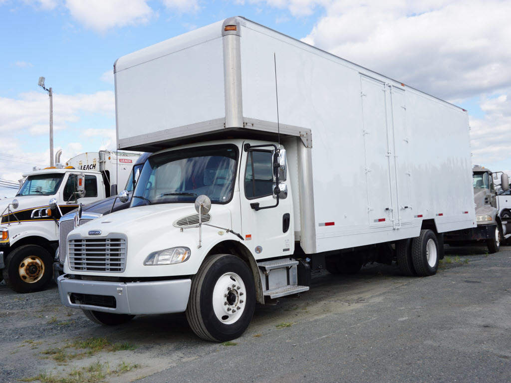 2012 Freightliner M2 Business Class Box