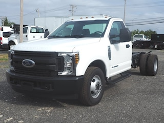 2019 Ford F-350 Chassis Truck Regular Cab Regular Cab