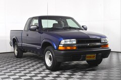 2002 Chevrolet S-10 Truck Extended Cab