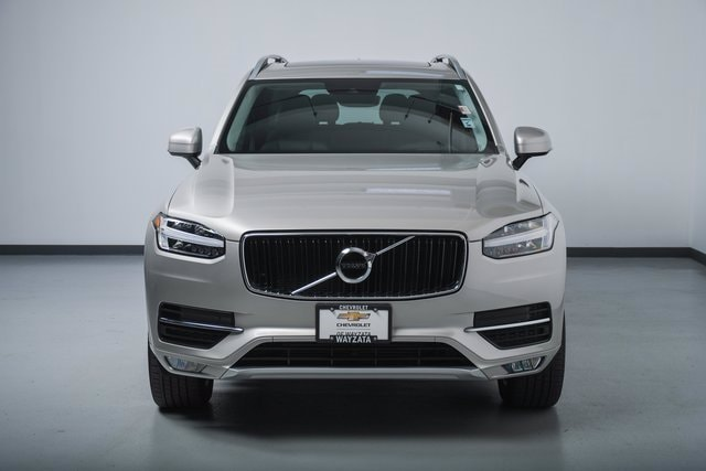 Used 2018 Volvo XC90 Momentum with VIN YV4A22PK7J1372428 for sale in Wayzata, Minnesota