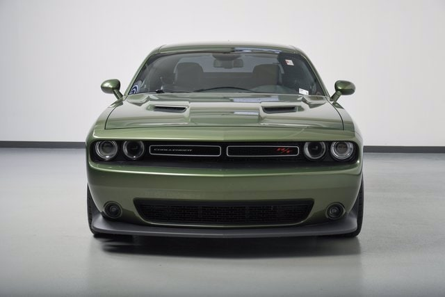 Used 2018 Dodge Challenger Scat Pack with VIN 2C3CDZFJ8JH181985 for sale in Wayzata, Minnesota