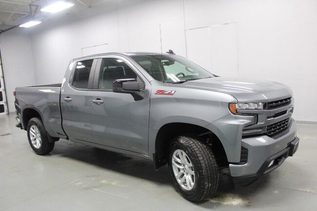 New 2019 Chevrolet Silverado 1500 4WD Double CAB 147 RST Truck Double Cab in Peoria IL