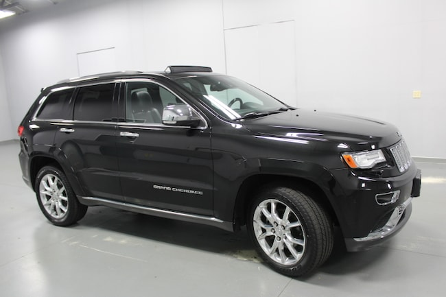 Used  2015 Jeep Grand Cherokee 4WD  Summit SUV in Peoria IL