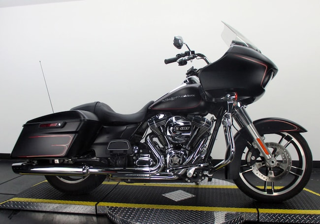 Used 2015 Harley-Davidson Road Glide FLTRX Touring For Sale near Chicago, IL