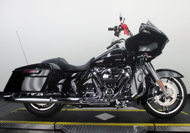 Used 2017 Harley-Davidson Road Glide Special FLTRXS Touring For Sale near Chicago, IL