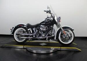 2009 Harley-Davidson Softail Deluxe FLSTN