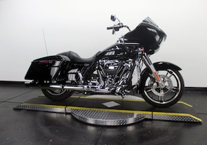 2017 Harley-Davidson Road Glide Special FLTRXS