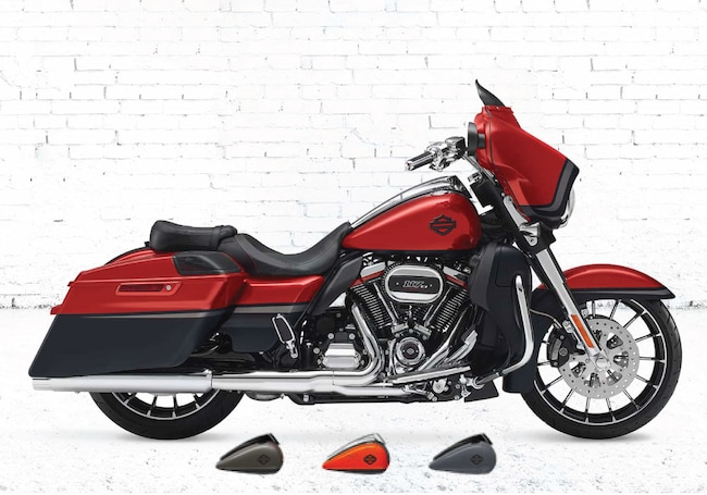 New 2018 Harley-Davidson CVO Street Glide FLHXSE CVO For Sale near Chicago, IL