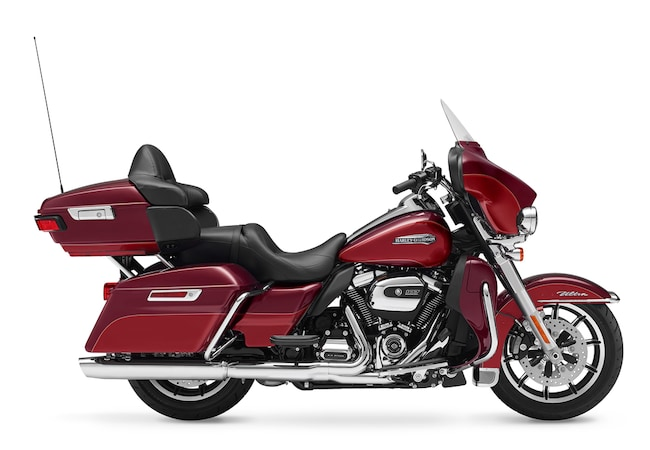 New 2017 Harley-Davidson Electra Glide Ultra Classic FLHTCU Touring For Sale near Chicago, IL