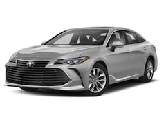 Buy a new 2019 Toyota Avalon for sale in Chicago, IL