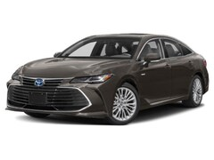Buy a new 2020 Toyota Avalon Hybrid for sale in Chicago, IL