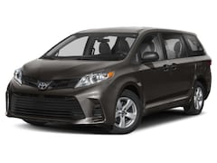 Buy a new 2020 Toyota Sienna for sale in Chicago, IL