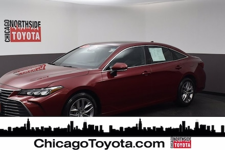 Featured Used 2019 Toyota Avalon XLE Car for Sale in Chicago, IL