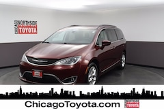 Buy a used 2017 Chrysler Pacifica Touring-L Mini-van, Passenger in Chicago IL