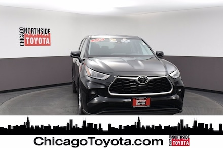 Featured Used 2020 Toyota Highlander LE Sport Utility for Sale in Chicago, IL