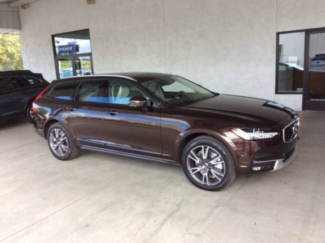 Certified Pre-Owned Volvo cars 2017 Volvo V90 Cross Country T6 AWD Wagon for sale near you in Chico, CA
