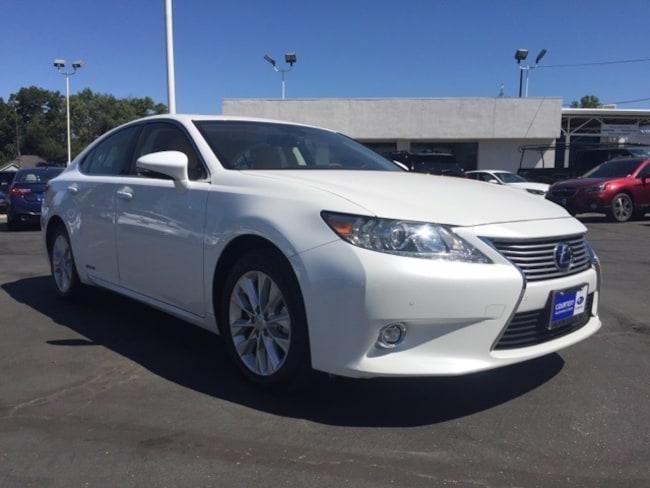 Used 2015 LEXUS ES 300h Sedan for sale in Chico, CA