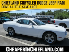 New 2020 Dodge Challenger SXT Coupe 20I124 2C3CDZAG3LH104066 Chiefland, near Gainesville
