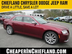 New 2020 Chrysler 300 TOURING Sedan 20L126 2C3CCAAG8LH112202 Chiefland, near Gainesville