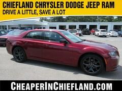 New 2020 Chrysler 300 TOURING Sedan 20L203 2C3CCAAG9LH172585 Chiefland, near Gainesville