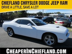 New 2019 Dodge Challenger SXT Coupe 19I409 2C3CDZAG6KH744738 Chiefland, near Gainesville