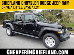 New 2020 Jeep Gladiator SPORT S 4X4 Crew Cab 20G052 1C6HJTAG0LL153419 Chiefland, near Gainesville