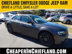 New 2019 Chrysler 300 TOURING AWD Sedan 19L130 2C3CCARGXKH529632 Chiefland, near Gainesville